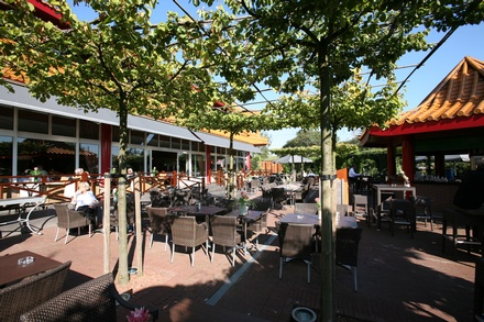 Eten en drinken van der valk hotel restaurant breukelen a2 for Lay outs terras van het restaurant