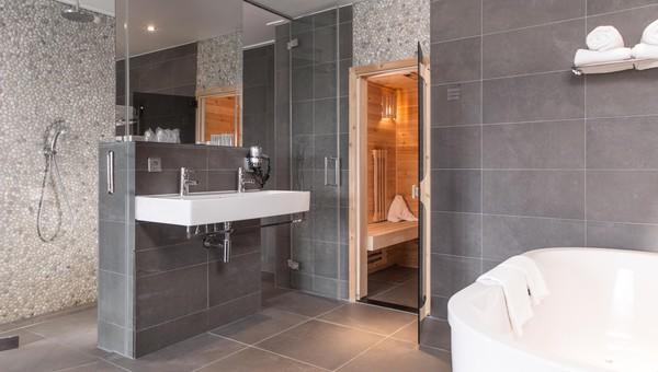 Kleine Wellness Badkamer : Wellness suite van der valk hotel breukelen